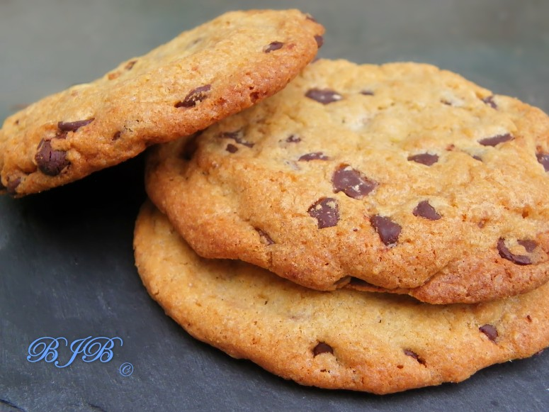Best Big, Fat, Chewy Chocolate chip cookie – Blue jellybeans